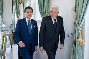 """Sergio Mattarella e il Premier Giuseppe conte - foto por """"Libero"""""""